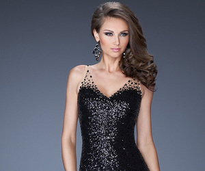 fashion dresses, party dress, and prom dress image