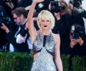 Taylor Swift and met gala image