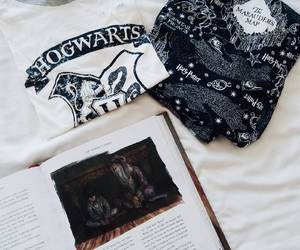 hogwarts, marauder's map, and book image