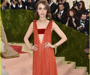 gown, sexy, and lily collins image