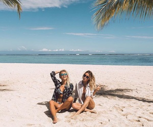 beach, fashion, and janni deler image