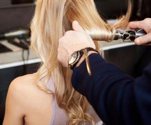 girl, hair, and salon image