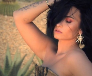 beautiful, demi lovato, and latina image