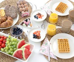 berries, breakfast, and brunch image