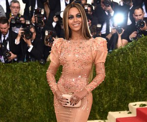 beyoncé and met gala image