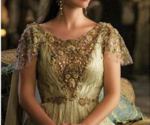 dress and reign image