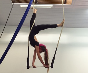 circus and flexible image