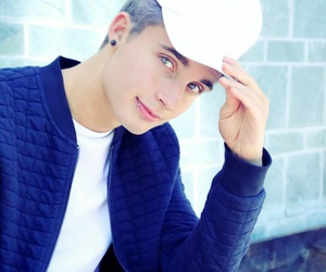 weeklychris, christian collins, and Hot image