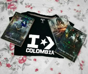 books, pecasinfernais, and colombia image