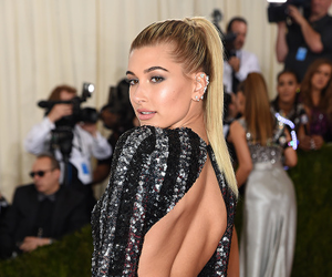 hailey baldwin, met gala, and model image