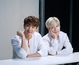 couple, SHINee, and kpop image
