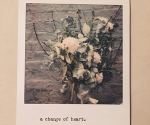 flowers, the 1975, and grunge image