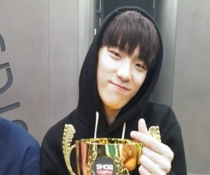 17, dino, and seventeen 1st win image