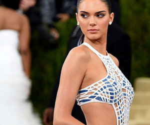 Kendall and kendall jenner image