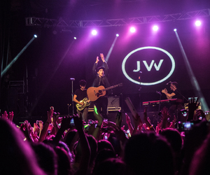 jacob whitesides, concert, and crowd image