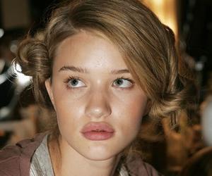 model and rosie huntington-whiteley image