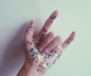 grunge, hand, and purple image