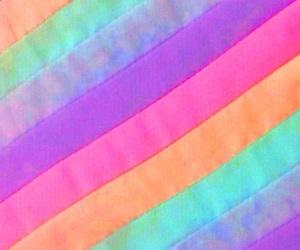 colorful, レインボー, and 背景 image