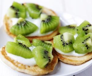 food, kiwi, and yummy image