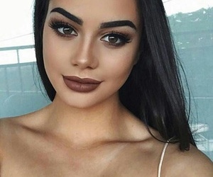 beautiful, cleavage, and contour image