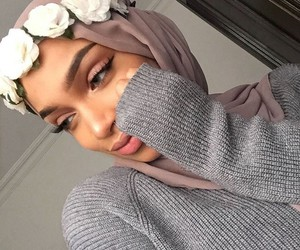 hijab, beauty, and flowers image
