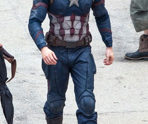 captain america and chris evans image