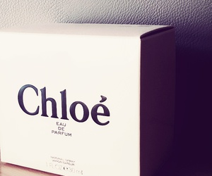 girl, smell, and chloé image