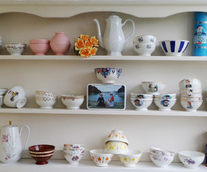 antique, bowls, and hand painted image