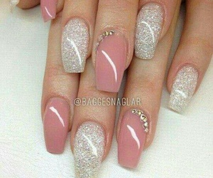 nails, fashion, and manos image