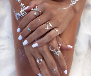 beach, nails, and pretty image