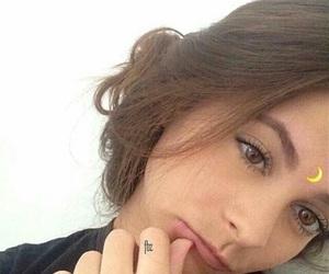 girl and emoji image