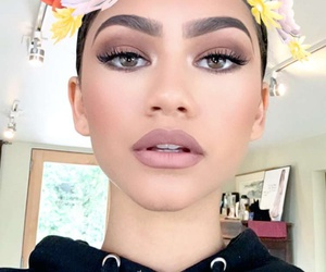 zendaya, makeup, and snapchat image