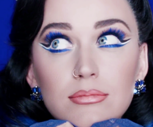 katy perry and ️covergirl image