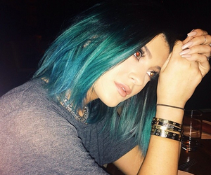 kylie+jenner, blue, and hair image