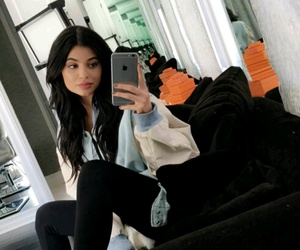 kylie jenner, hair, and style image