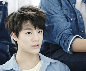 rookies, nct, and jeno image