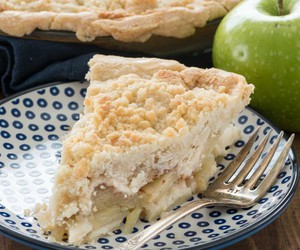 apple, pie, and crumble image