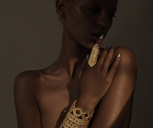 model, gold, and jewelry image
