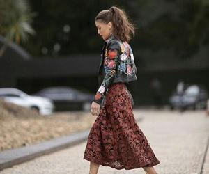 camila coelho and fashion image