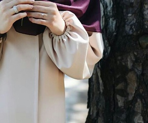 flower, abaya, and hijab image