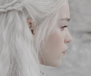 game of thrones, emilia clarke, and khaleesi image