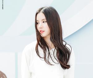 eunha, jung eun-bi, and 정은비 image