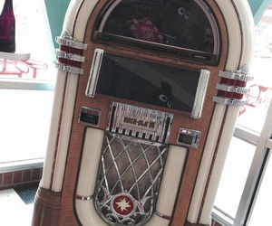music box, vintage, and virginia image