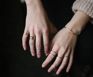 hands and rings image