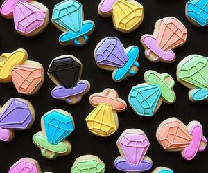 black, bling, and candy image