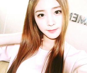 kpop, sonamoo, and nahyun image