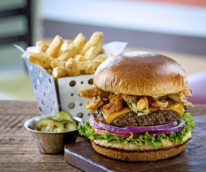 burger, food photography, and food image