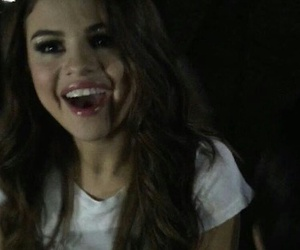 selena gomez, icon, and selenators image