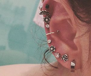 beauty, ear, and Piercings image