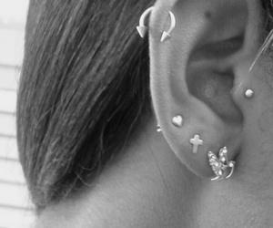 earring, piercing, and Piercings image